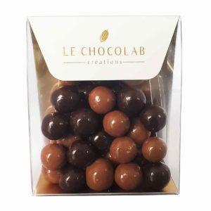 perles croustillantes chocolat noir et chocolat au lait caramel